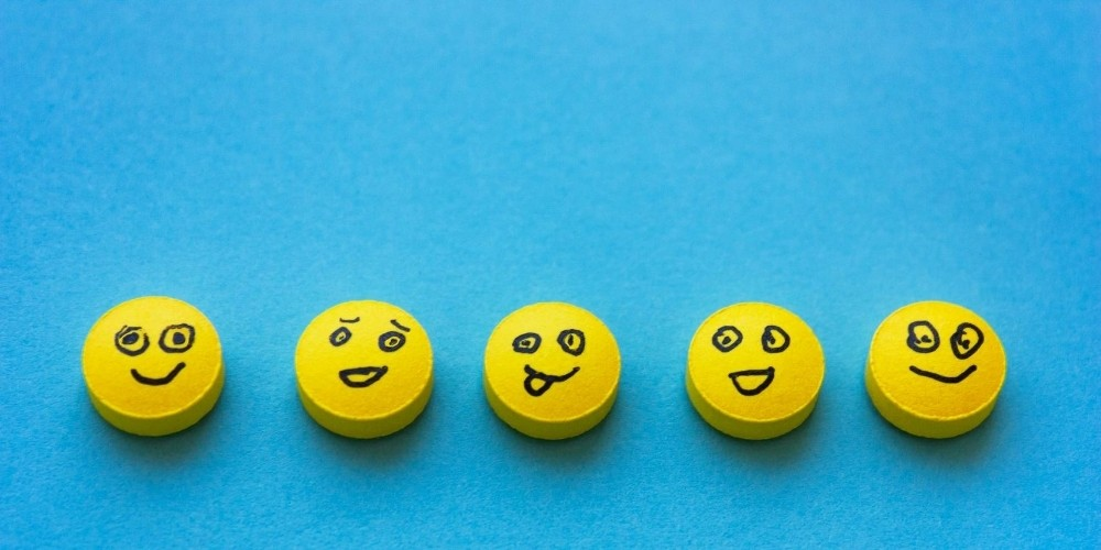 smily face pain scale in denver